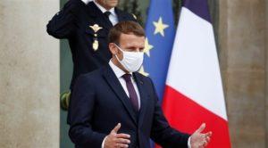 ماكرون للفرنسيين: توقعوا العيش مع كورونا حتى صيف 2021