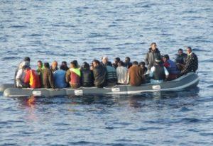 انقاذ 59 مرشحا للهجرة السرية ينحدرون من إفريقيا جنوب الصحراء