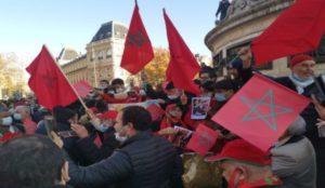 الصحراء..الجالية المغربية تتظاهر في باريس دعما للتدخل المغربي بالكركرات