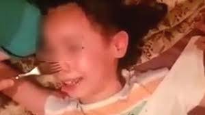 عاجل .. الأمن يعتقل الأم بطلة فيديو تعذيب ابنتها وهذه أولى تفاصيل التحقيق في النازلة