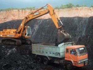 وزارة الطاقة و المعادن و البيئة تقوم  بإعادة منح رخص البحث عن المعادن ورخص استغلال المناجم المسحوبة