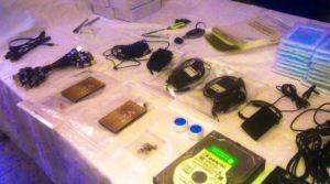 Interpellations de 2 étudiants pour trafic de matériels électroniques