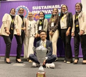 أبطال المغرب ممثلي مدينة خريبكة في المسابقة العالمية للمقاولة الاجتماعية
